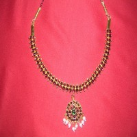 Necklace (mullai)